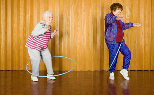 active senior-hula.