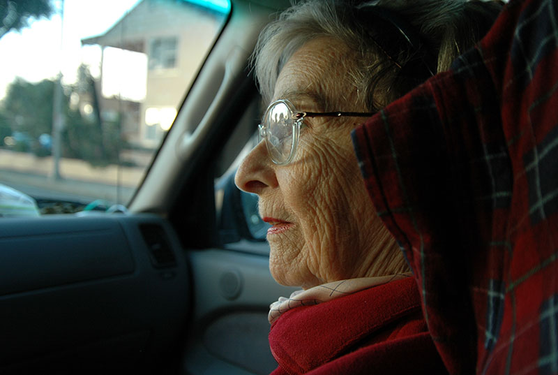 older-woman-in-car