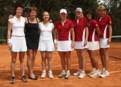 Gunilla, Maria and Edith Sweden, Carolyn, Sherri, Tina, Kerry, USA-1