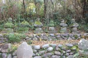 石田三成らの供養碑