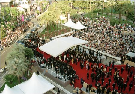 Cannes marches rouges