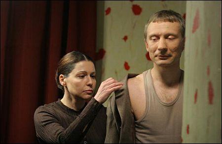 Natalia Negoda, Dimitry Kulichkov in: Buben, Baraban