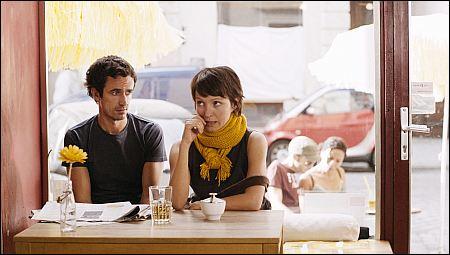 Felix Hellmann und Julia Koschitz in 'Der letzte schöne Herbsttag' ©filmcoopi