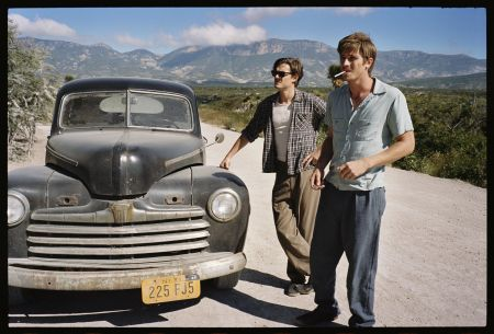 Dean (Garrett Hedlund) und Sal (Sam Riley) in Mexico