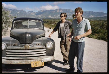 Dean (Garrett Hedlund) und Sal (Sam Riley) in Mexico