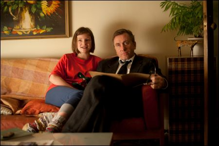 Eloise Laurence und Tim Roth in 'Broken' ©frenetic