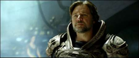 Russell Crowe als Jor-El © Warner Bros Ent