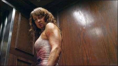 Zoe Bell in 'Raze' von Josh C. Waller