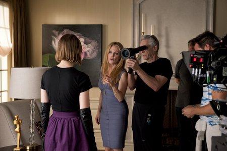 David Cronenberg mit Julianne Moore und Mia Wasikowska © Pathé Films