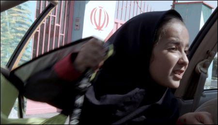 Panahis hinreissende Nichte Hannah filmt für die Schule - und fürs Leben.