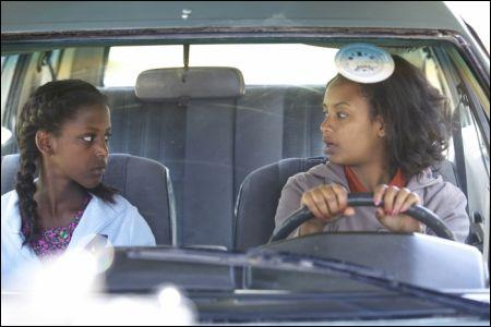 Tizita Hagere und Meron Getnet in 'Difret' © filmcoopi