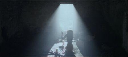 Nadia Hilker als Louise in 'Spring'