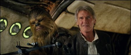 Star Wars The Force Awakens - Szenen - 36 Chewbacca (Peter Mayhew), Han Solo (Harrison Ford) © Lucasfilm Ltd.