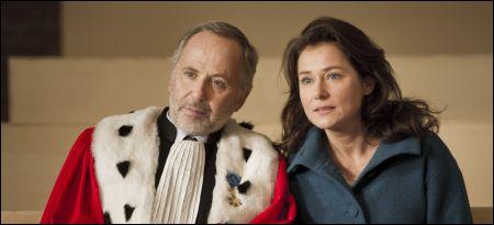 Fabrice Luchini und Sidse Babett Knudsen in 'L'hermine' von Christian Vincent © Agora