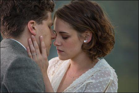 Jesse Eisenberg und Kristen Stewart © frenetic