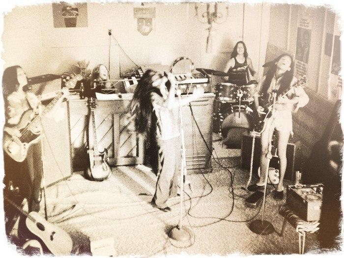 Хард-рок девчонки прошлого. Часть 1