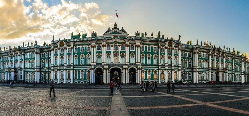 Эрмитаж открыл международную выставку, посвященную Карлу Фаберже