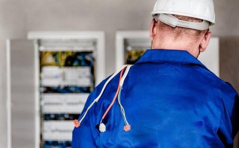 Сопротивление тревожным новостям: пустые угрозы проверки электропроводки