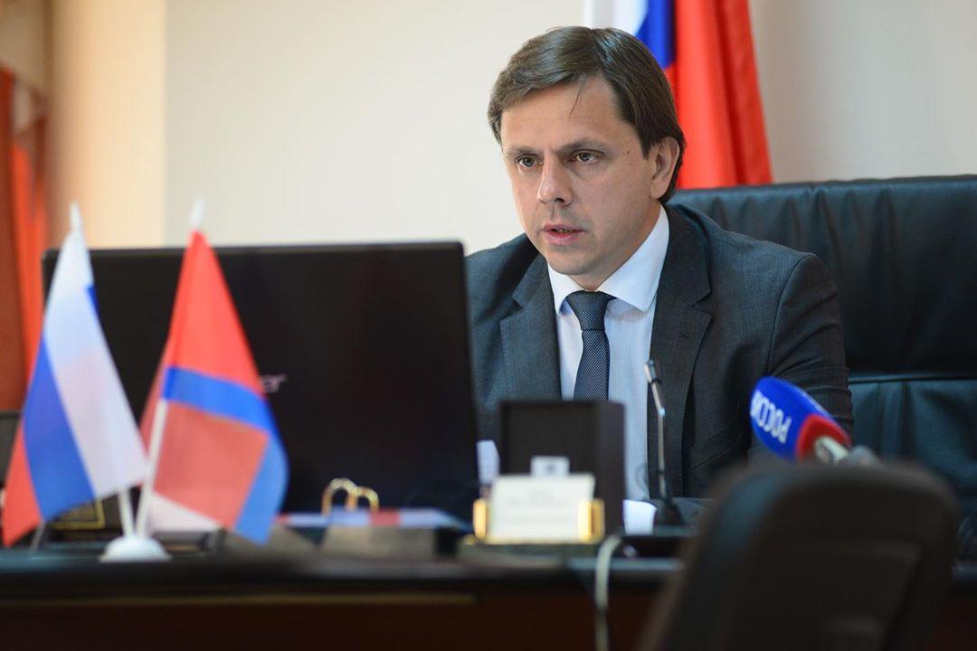 Губернатор Орловской области выздоровел после заражения коронавирусом