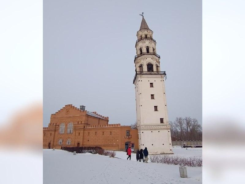 Вместо Пизы в Невьянск: башня с наклоном и неизвестная родина громоотвода