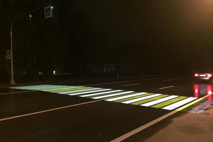 В Ленобласти продолжают создавать лазерные пешеходные переходы