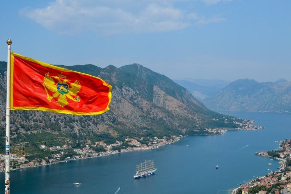 Черногория продлила безвизовый режим для россиян
