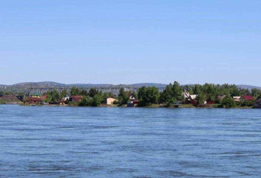Воды Енисея снова затопят дачные участки в окрестностях Абакана