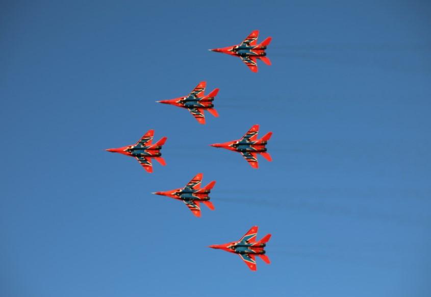 «Стрижи» показали авиашоу в Челябинске