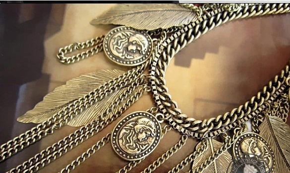 Figure Leaf Purl Vintage Necklace Coat Chain