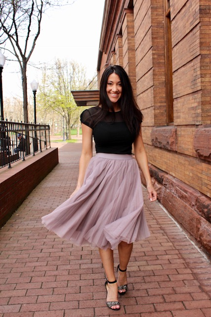 da2161a4db How To Style Your Favorite Tulle Midi Skirt – Sense of Shine