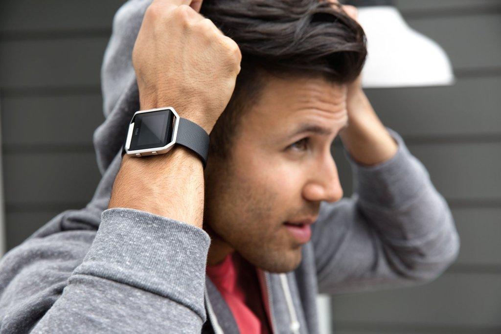 fitbit-blaze-smart-fitness-watch