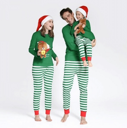 matching-christmas-pyjamas