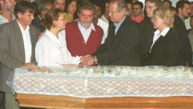 José Dirceu, Marta Suplicy e Lula no enterro de Celso Daniel.