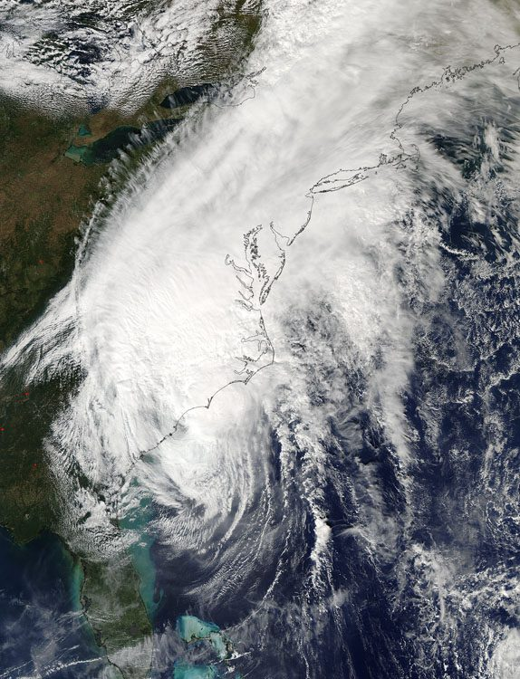 On Oct. 8, NASA's Aqua satellite captured this visible image of Hurricane Matthew's clouds over the southeastern United States. (Credit: NASA Goddard MODIS Rapid Response Team)