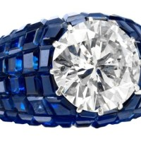 Gorgeous and Alluring Sapphire Platinum Rings