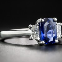 Gorgeous 2.21 Carat Sapphire and Diamond Ring