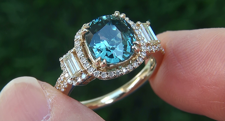 GIA 3.78 ct Natural VVS Blue Sapphire Diamond 14k Yellow Gold Engagement Ring