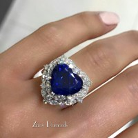 A Gorgeous Sapphire and Diamond