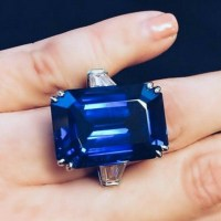 A Gorgeous Sapphire and Diamond Ring