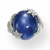 A STAR SAPPHIRE AND DIAMOND RING, BY CHANEL