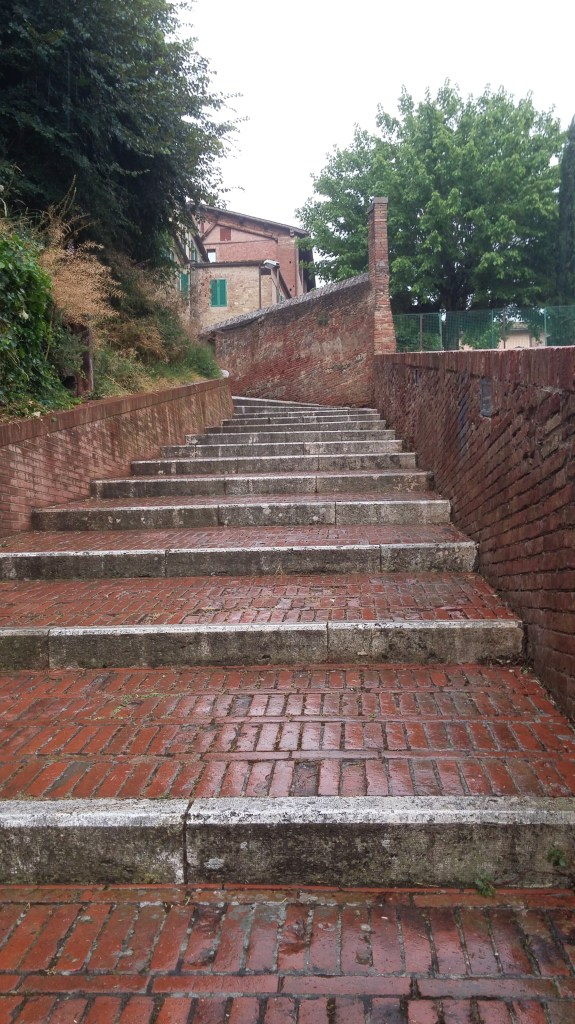 Siena 7 Steps from Porta Fontebranda