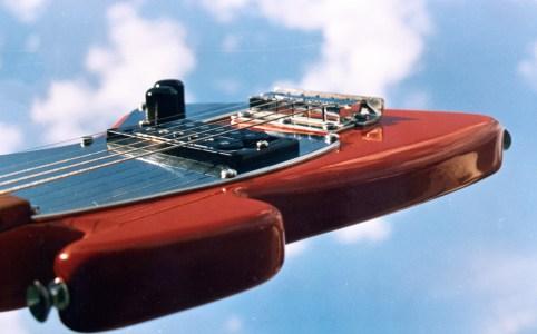 Guitarra-75
