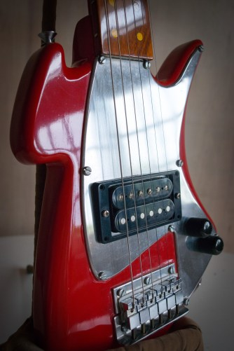 Guitarra-83