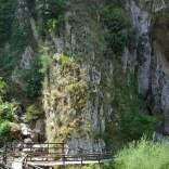 L'ingresso alle grotte