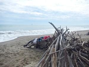 in spiaggia un po' di riposo