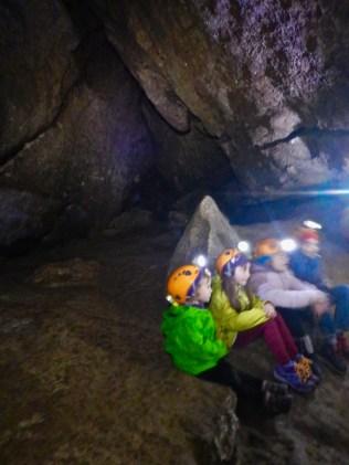 Dentro la Grotta del Farneto, pronti per la prova del buio