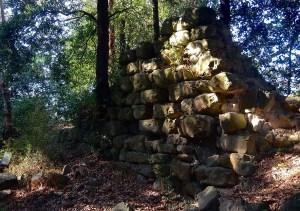 I resti del castello di Galatrona, dove vivevano i maghi