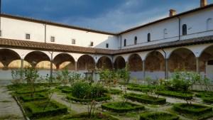 Il chiostro di Santa Maria del Sasso