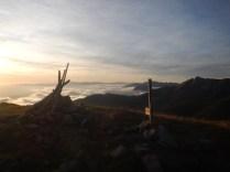 Sulla cima di Monte Tondo al tramonto
