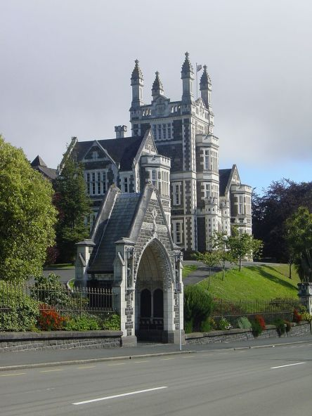 Otago_Boys_School,_Dunedin